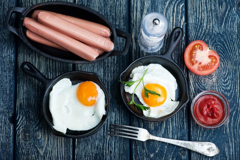 śniadanie białkowo-tłuszczowe